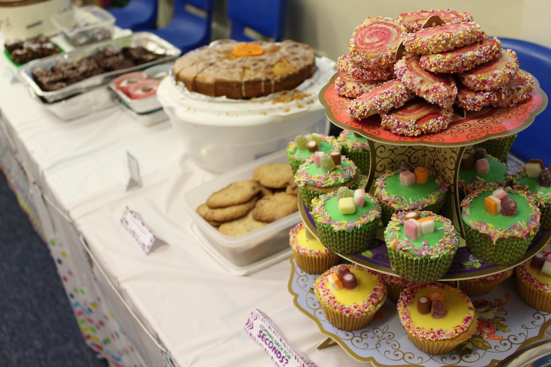 Form 6 host a Macmillan Bake Sale.