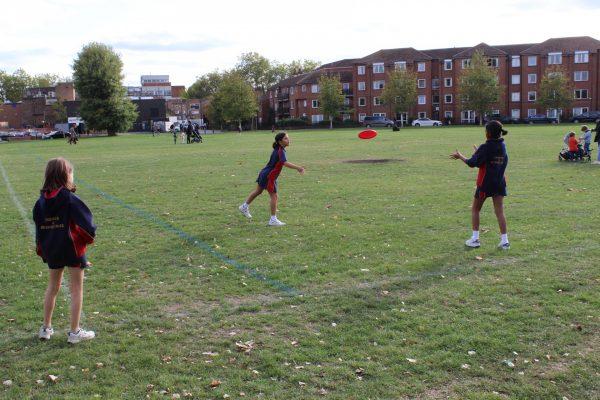 Sports Week -Frisbee_1